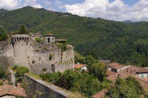 castiglione-della-garfagnana-fortezza-toscana-3-300x199 Castiglione della Garfagnana: fortezza toscana 2