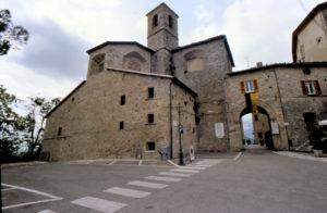 civitella-del-tronto-borgo-suggestivo-nel-teramano-300x196 Civitella del Tronto: borgo suggestivo nel teramano 1