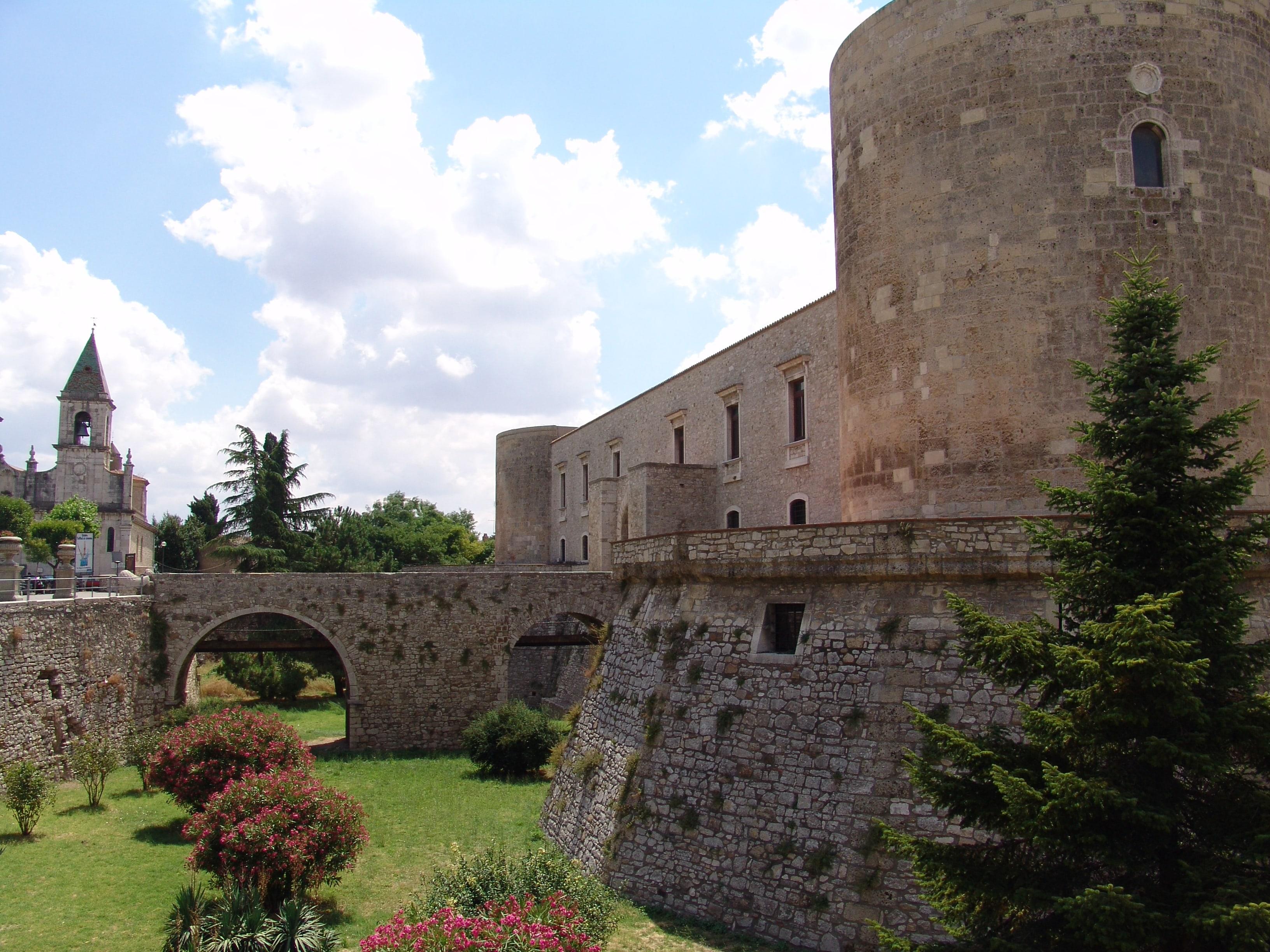 Venosa: storia del borgo del poeta Orazio