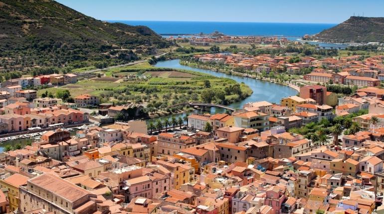 Bosa: in Sardegna un borgo tutto da scoprire