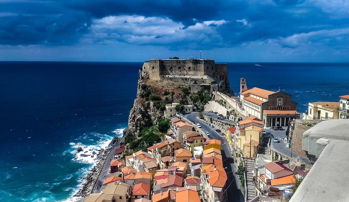 Tropea: uno dei borghi più piccoli d'Italia ricco di tesori