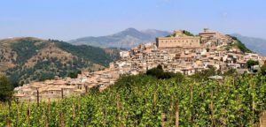 montalbano-elicona-fascino-medievale-e-naturale-300x144 Montalbano Elicona: fascino medievale e naturale