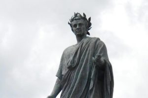 venosa-storia-del-borgo-del-poeta-orazio-2-300x200 Venosa: storia del borgo del poeta Orazio 1