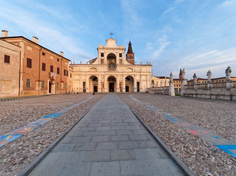 San Benedetto Po e i suoi monasteri